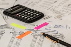 Calculator Calculation Insurance  - stevepb / Pixabay
