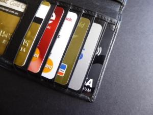 Credit Card Card Wallet Money  - lcb / Pixabay